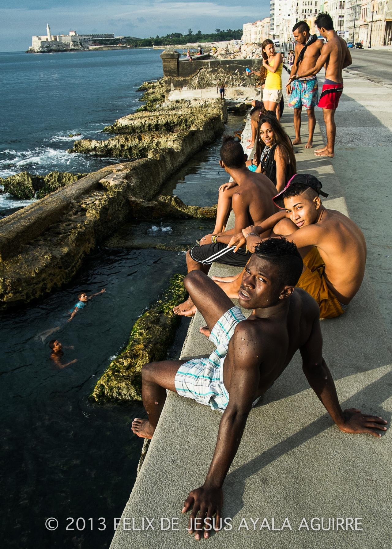 Cuba, un país atrapado en eltiempo